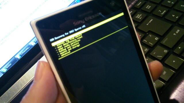 【acro S】rooted→SystemUImod→CWM導入(ICS acro HDでもOK)